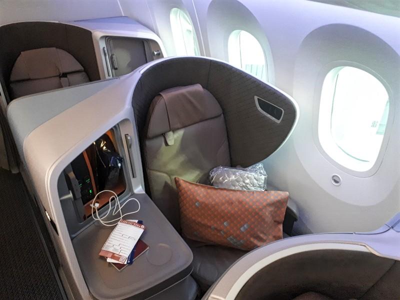 window seat boeing 787