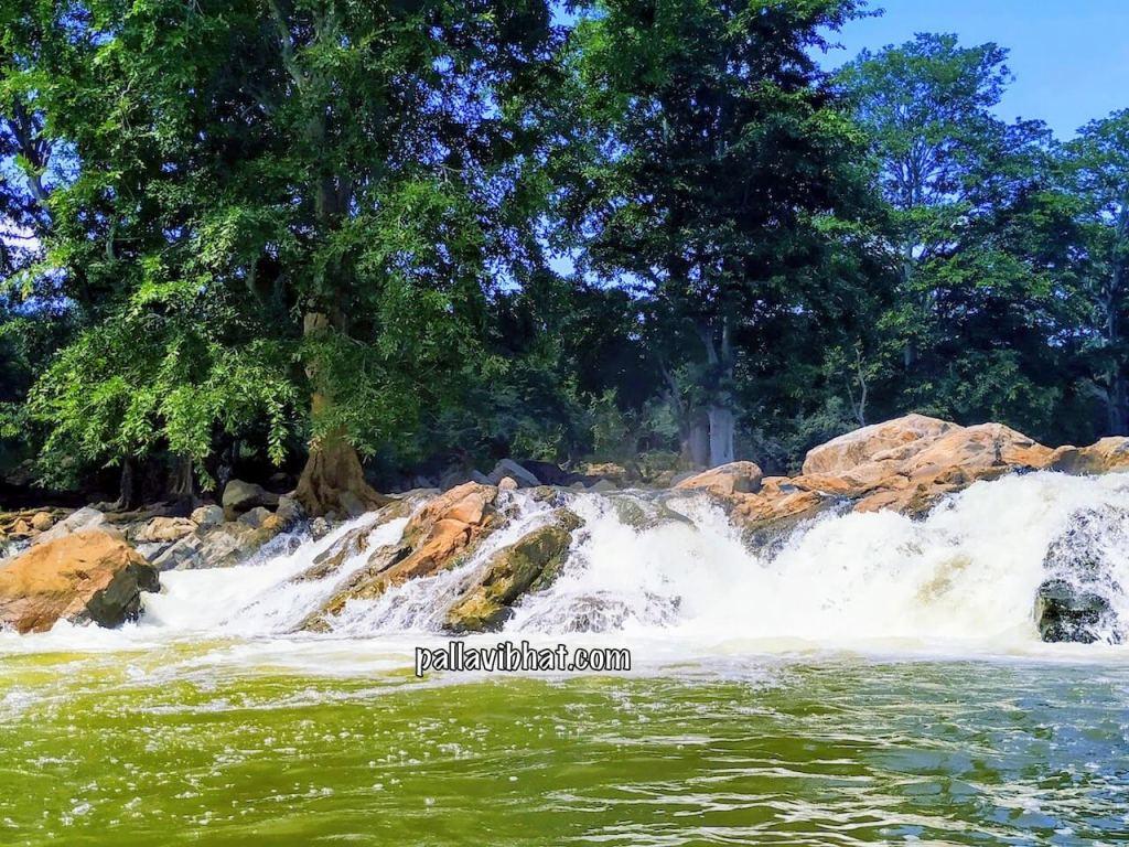 View of Hogenakkal Falls