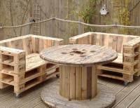 DIY Pallet Chair on Casters | Pallet Furniture DIY