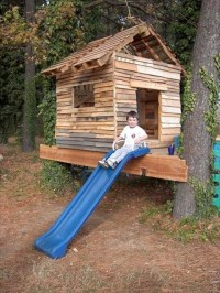 Amazing Pallet Playhouse for Your Kids | Pallets Designs