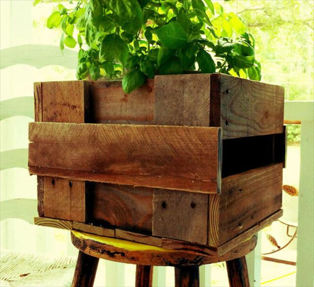 25 Diy Pallet Garden Projects Pallet Furniture Plans
