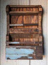 Pallet Wall Shelf Storage | Pallet Furniture Plans