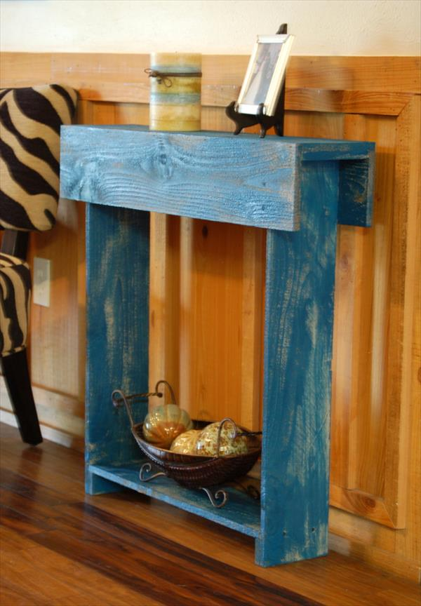 Small Pallet Entry Table DIY  Pallet Furniture Plans