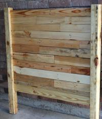 DIY Pallet Queen Sized Headboard | Pallet Furniture Plans