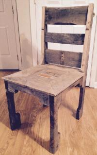DIY Pallet Dining Chair | Pallet Furniture Plans