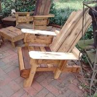 Rustic Wood Pallet Adirondack Chair | Pallet Furniture Plans