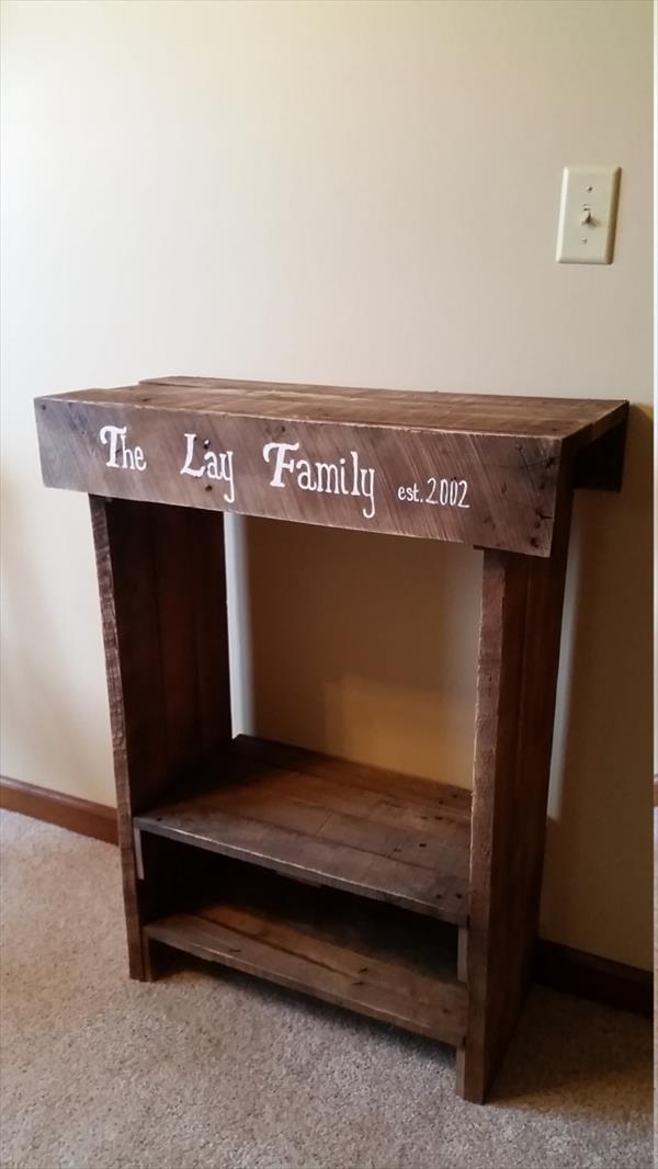 DIY Mini Pallet Console or Side Table  Pallet Furniture Plans