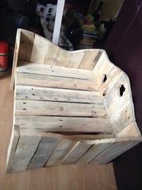 DIY Pallet Dog Bed / Cat Bed | Pallet Furniture Plans