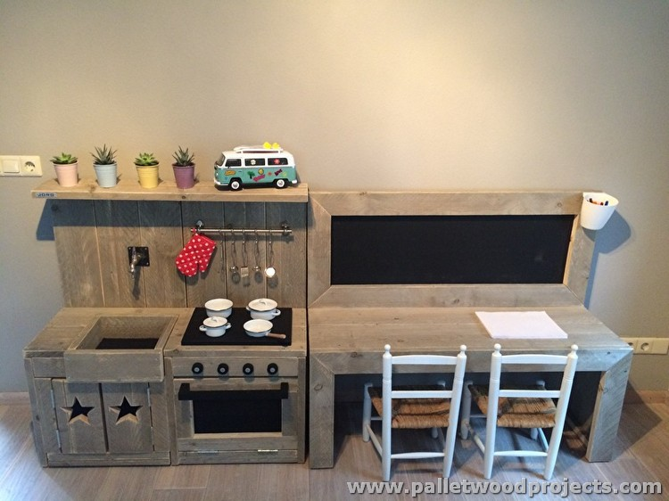 12 Pallet Projects For Your Inspiration