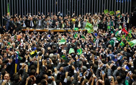 Impeachment e Efeito Manada: Lenda ou Realidade?