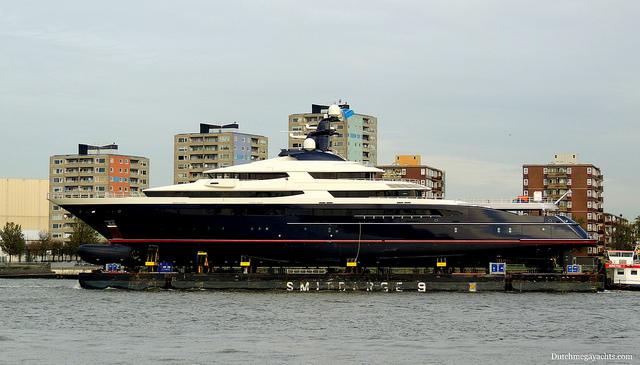 megayayacht
