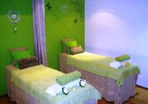Tropical day spa retreat