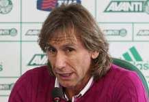 Gareca em entrevista coletiva no Palmeiras.