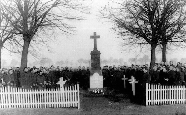 French Monument, 1914