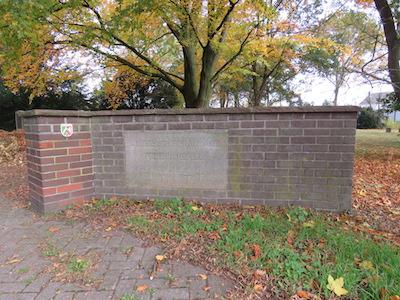 friedrichsfeld_cemetery_gate