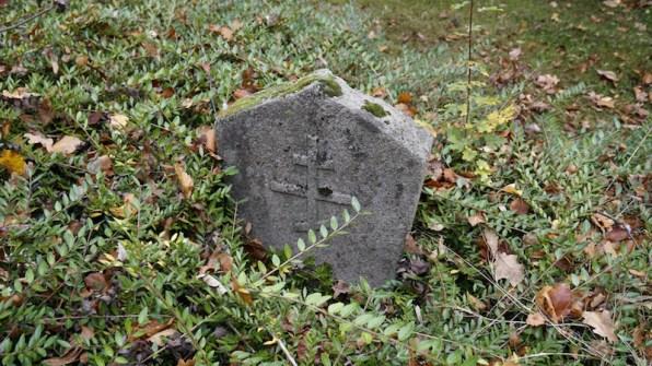 friedrichsfeld_cemetery_grave-marker1