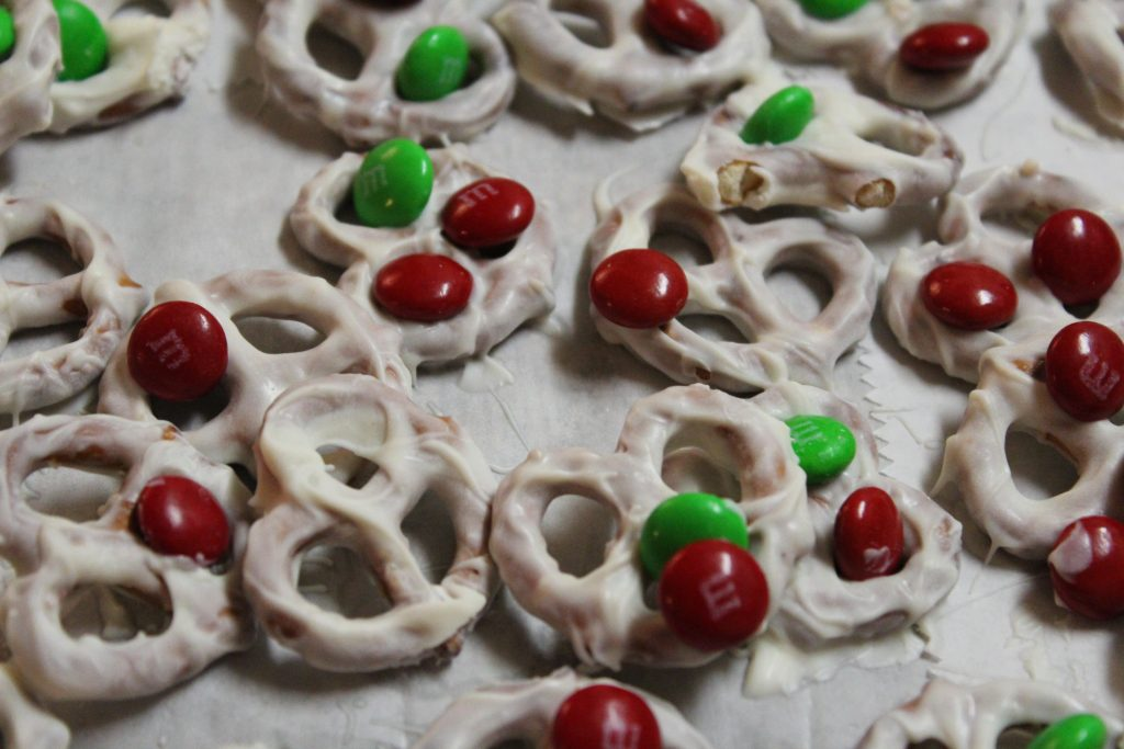 Candy-Coated Pretzels Recipe