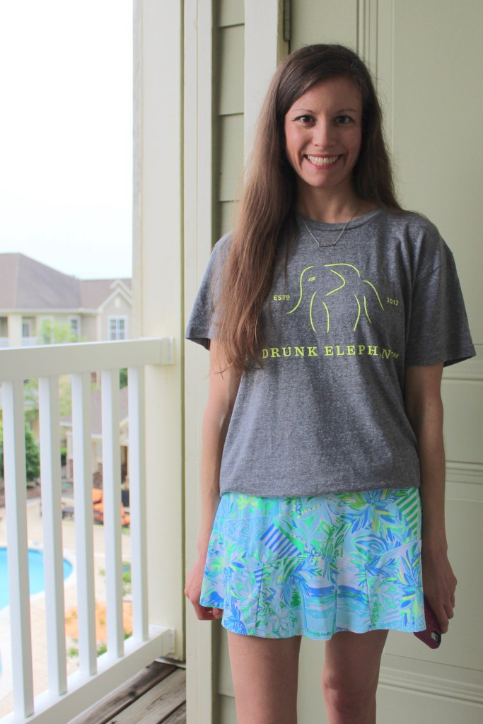 Styling a Lilly Pulitzer Luxletic Skort with graphic tee