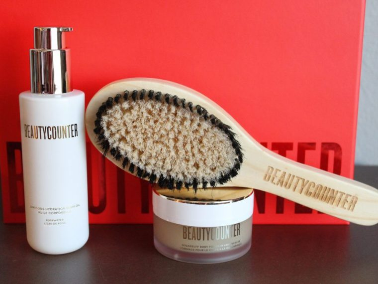 Beautycounter Holiday 2020 Ultimate Renewal Bath Set