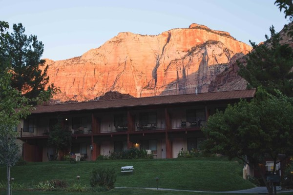 The Cliffrose Lodge and Gardens| Zion | Palms to Pines