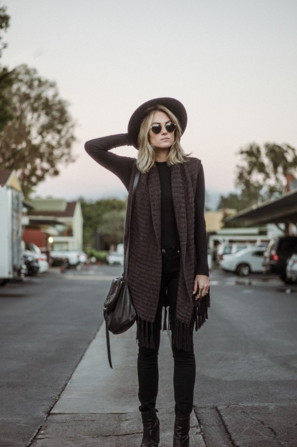 Sanctuary Lucie Vest | Lack of Color Boater Hat | Cleobella Pike Crossbody | Paige Verdugo Black Skinny Jeans