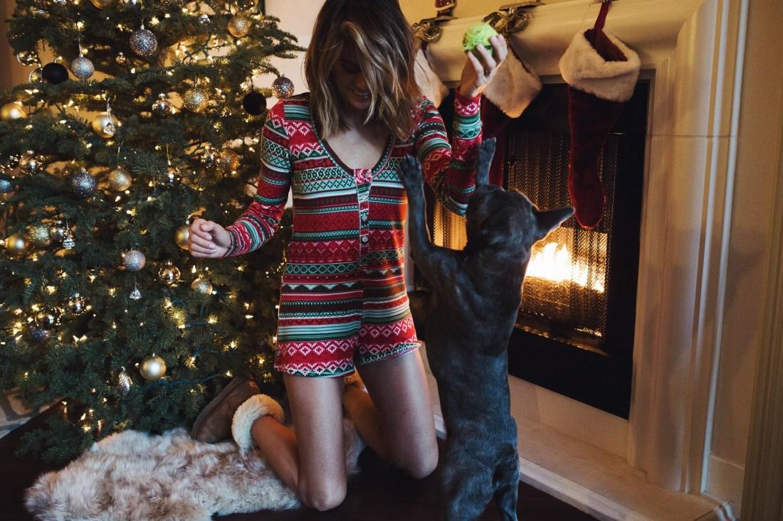 Christmas Pajamas | Palms to Pines style blog
