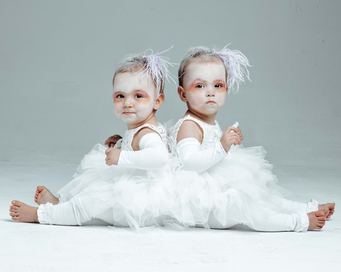 The Greatest Showman Costume - Albino twins - twin costume idea