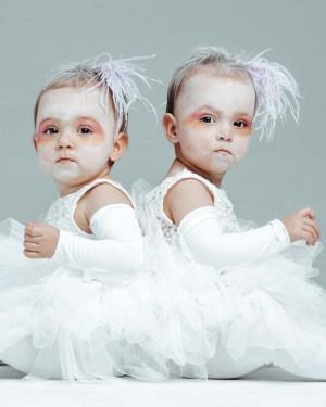 The Greatest Showman Costume - Albino twins - twin costume idea