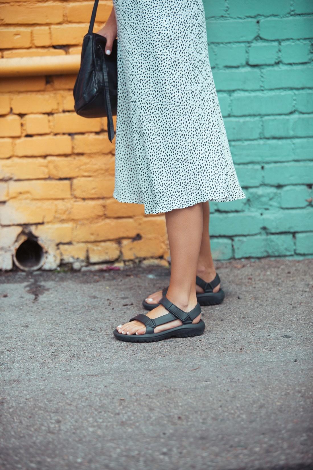Leopard spotted midi skirt | Black rubber tevas