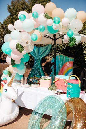 Romy and Piper's 4th Birthday Party - Ideas, gift ideas, 4th birthday theme, pool party