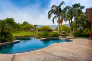 246 Loch Lomond Road, Rancho Mirage, CA 92270