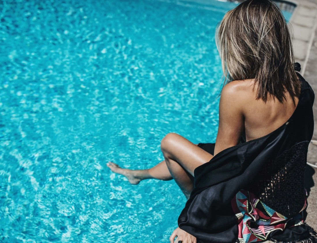 PilyQ swimsuit on Jen Hawkins Style blog