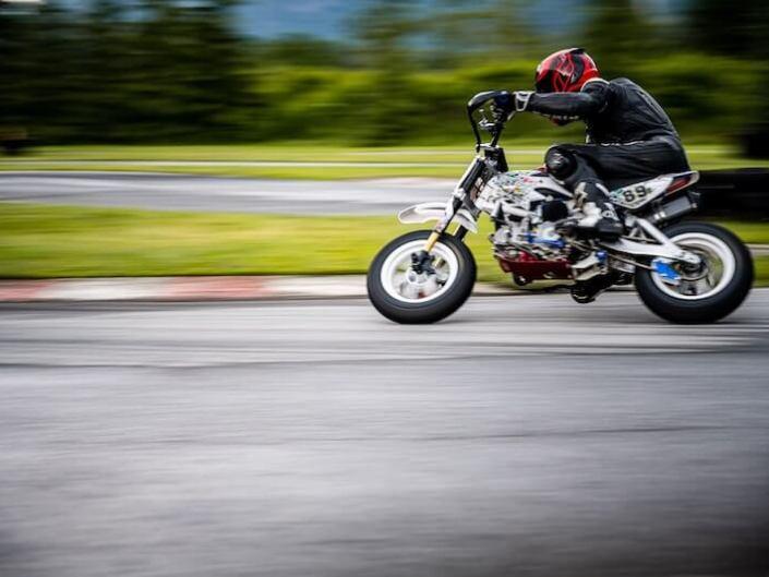 paltenghi_claudio_photography_sportaufnahmen_pitbike_italia_schweizermeisterschaft_sam13