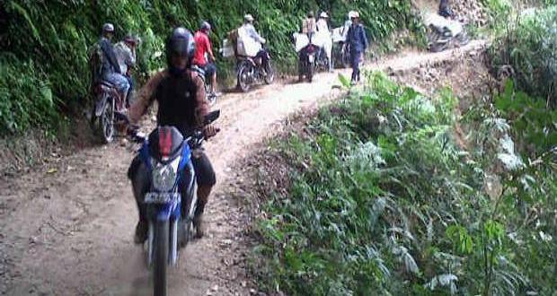 Kondisi Jalan di Kecamatan Nokilelaki Rusak Parah