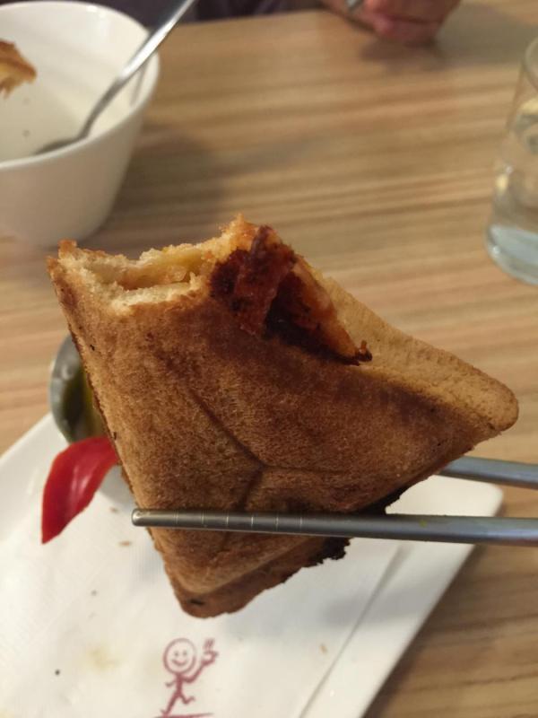 起司肉醬火烤三明治