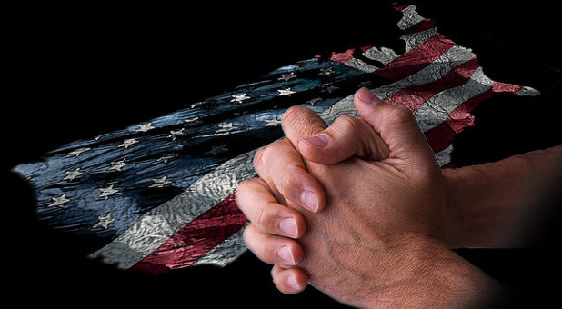 praying-hands-united-states-flickr