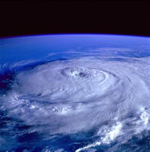 eye-of-the-storm-image-from-outer-space-71116