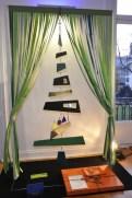 A Hermés fez uma árvore bem conceitual e com as cores da marca