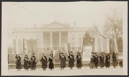 Suffragettes in front of the White House from the U.S. Embassy The Hague