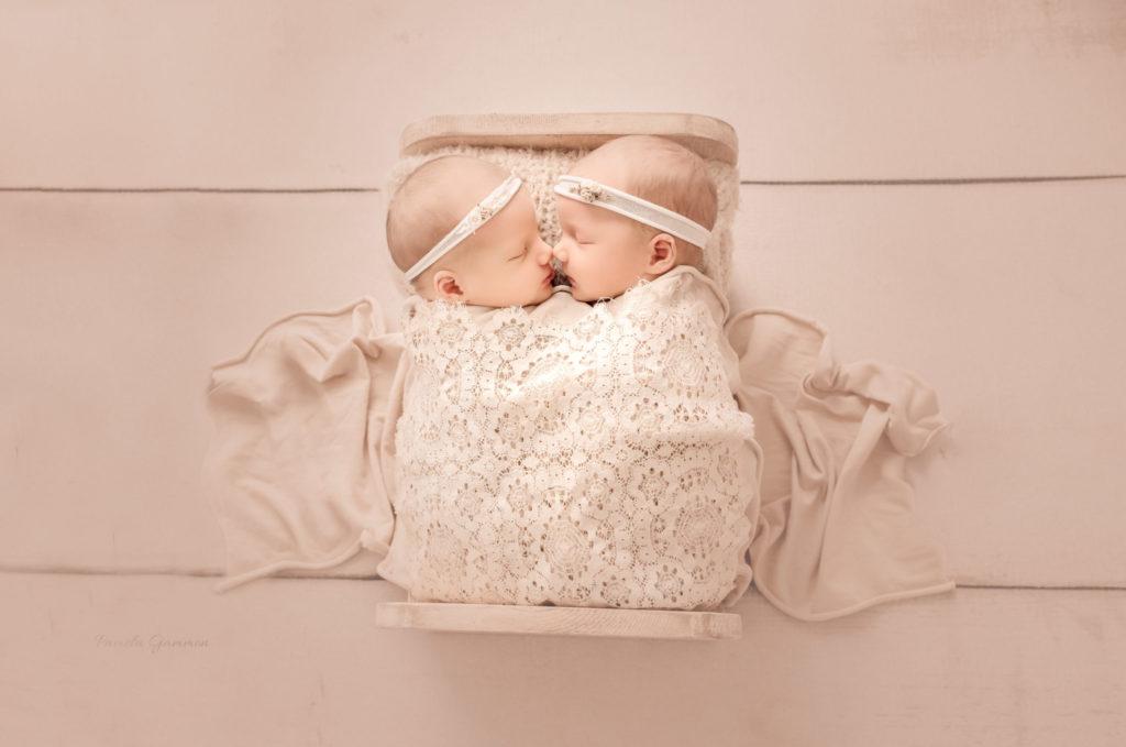 Newborn Twin Session Portsmouth Ohio