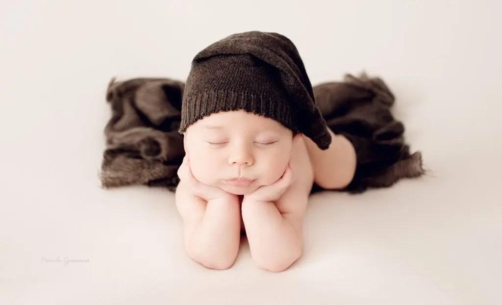 Best Newborn Photographer Greenup Kentucky