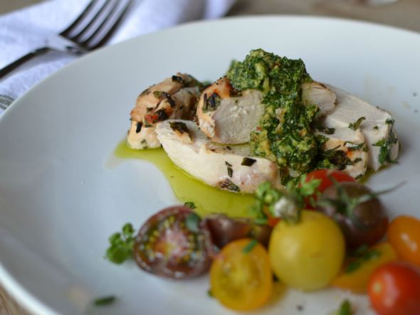 Herbed Chicken with Parsley Almond Lemon Pesto