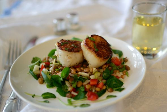 Seared Scallop with Warm Lentil Salad