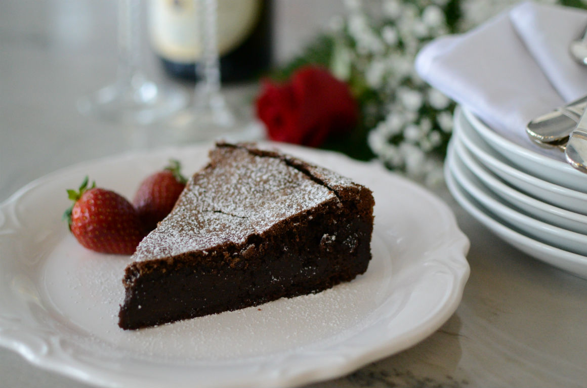 Decadent Flourless Chocolate Cake - Gluten Free