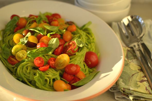 Avocado Pasta with Marinated Tomatoes