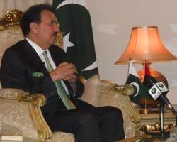 Malik repeats promises of ending GB's transportation woes