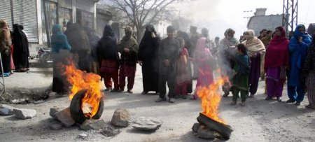 The women burnt tyres and raised slogans against the government for failing to provide them clean drinking water