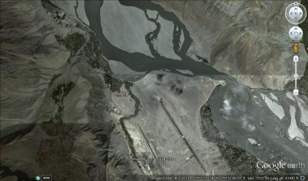 Hoto is located very close to the Skardu Airport. Photo: Google Earth