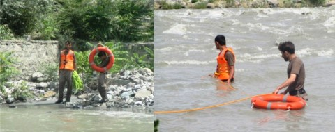Workers of Rescue 1122 searching for the drowned boys near Sonikot, Gilgit