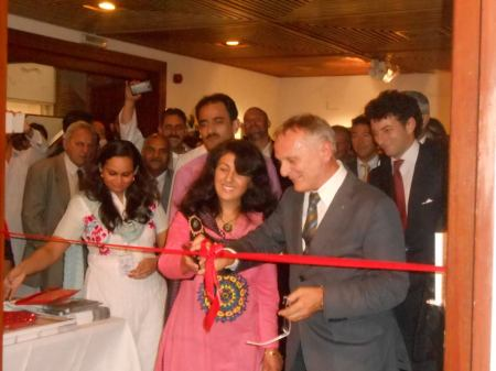 Samina Baig and Agostino da Polenza, the president of EVK2CNR inaugurating the Filippo Di Filippi Photo exhibition and International Mountain Film Festival at PNCA Islamabad